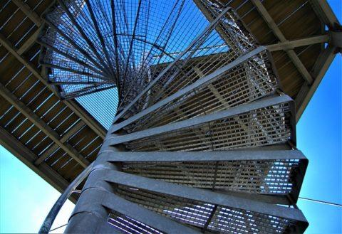 steel-stairs-4106077_640-480x329.jpg